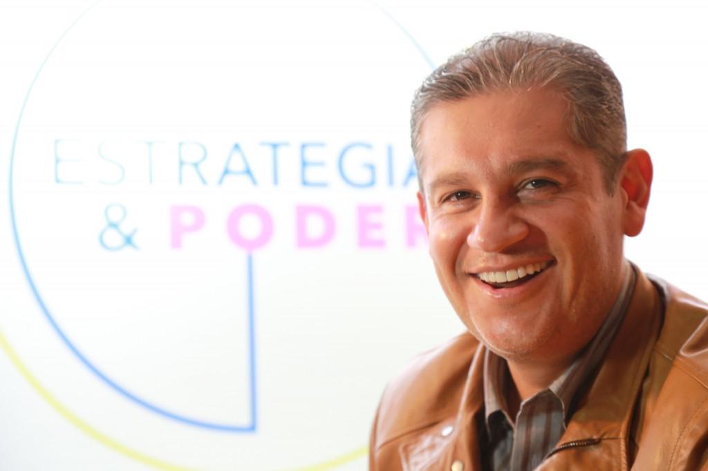 Carlos Suarez 1.jpg