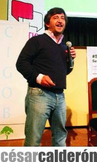 Cesar Calderon - Marketing Político en la Red