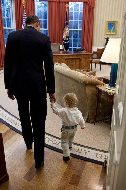 obama con niño