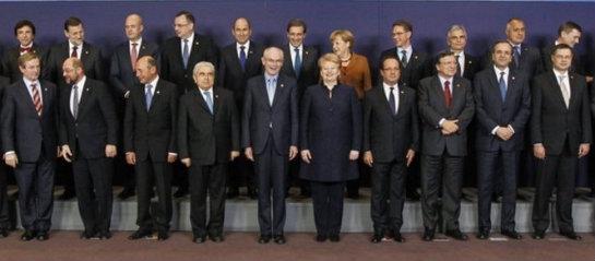 31-polc3adticos-europeos-en-traje-de-chaqueta