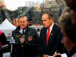 Giuliani_at_Ground_Zero
