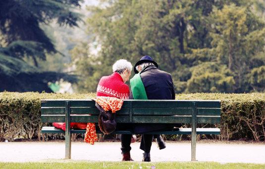Retos de la comunicación política 2.0 en una sociedad que envejece