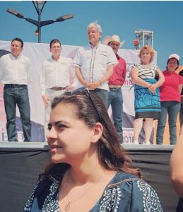 Campaña en Guanajuato. Giselle Perezblas en evento de campaña del candidato por la gubernatura de Guanajuato Ricardo Sheffield y el candidato a la presidencia Andrés Manuel López Obrador.